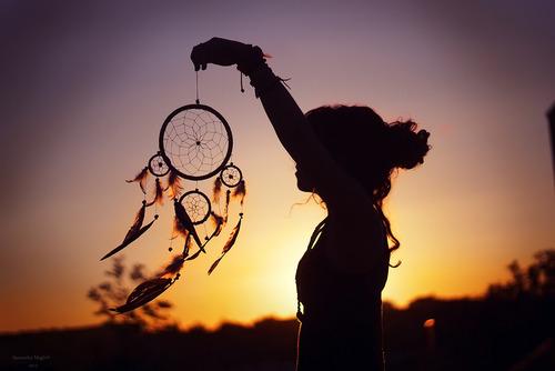 dream-beautiful-dreamcatcher-girl-Favim.com-725472